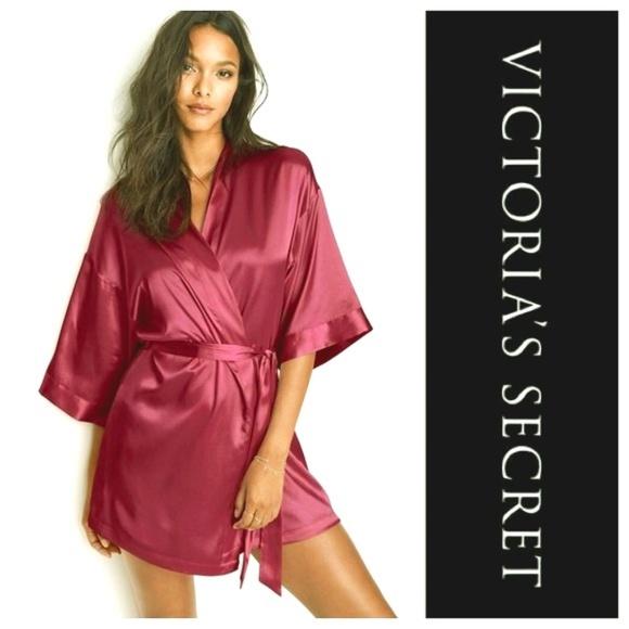 5fe6860ebfa Pink silky Victoria s Secret sexy robe size medium.  M 5b909ee8819e90b273e43646